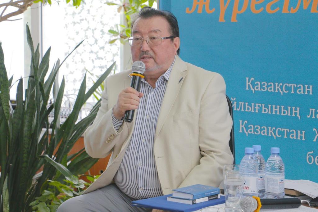 Улыкбек Есдаулетов