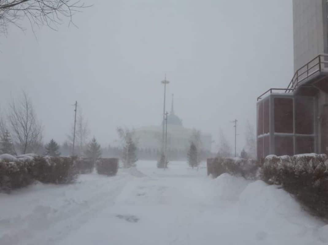 Снежный буран в Нур-Султане