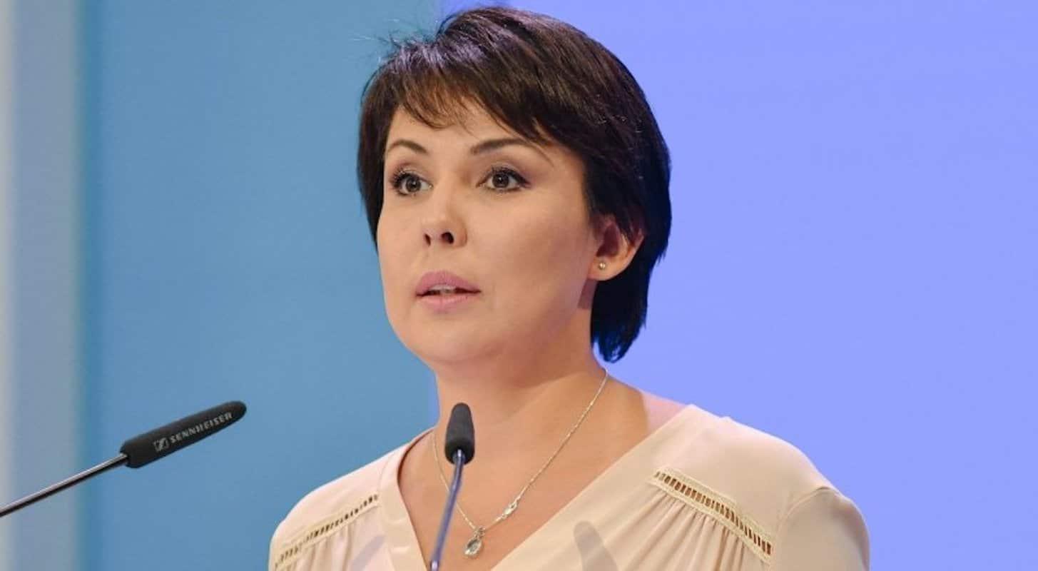 Аружан Саин